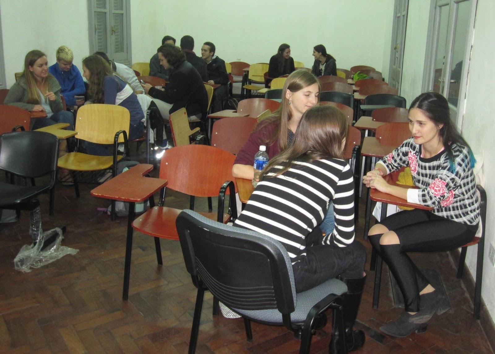 Programa Voluntariado «Meeting with Locals»