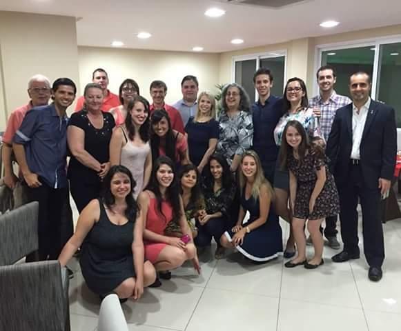 Formación académica de estudiantes en el exterior