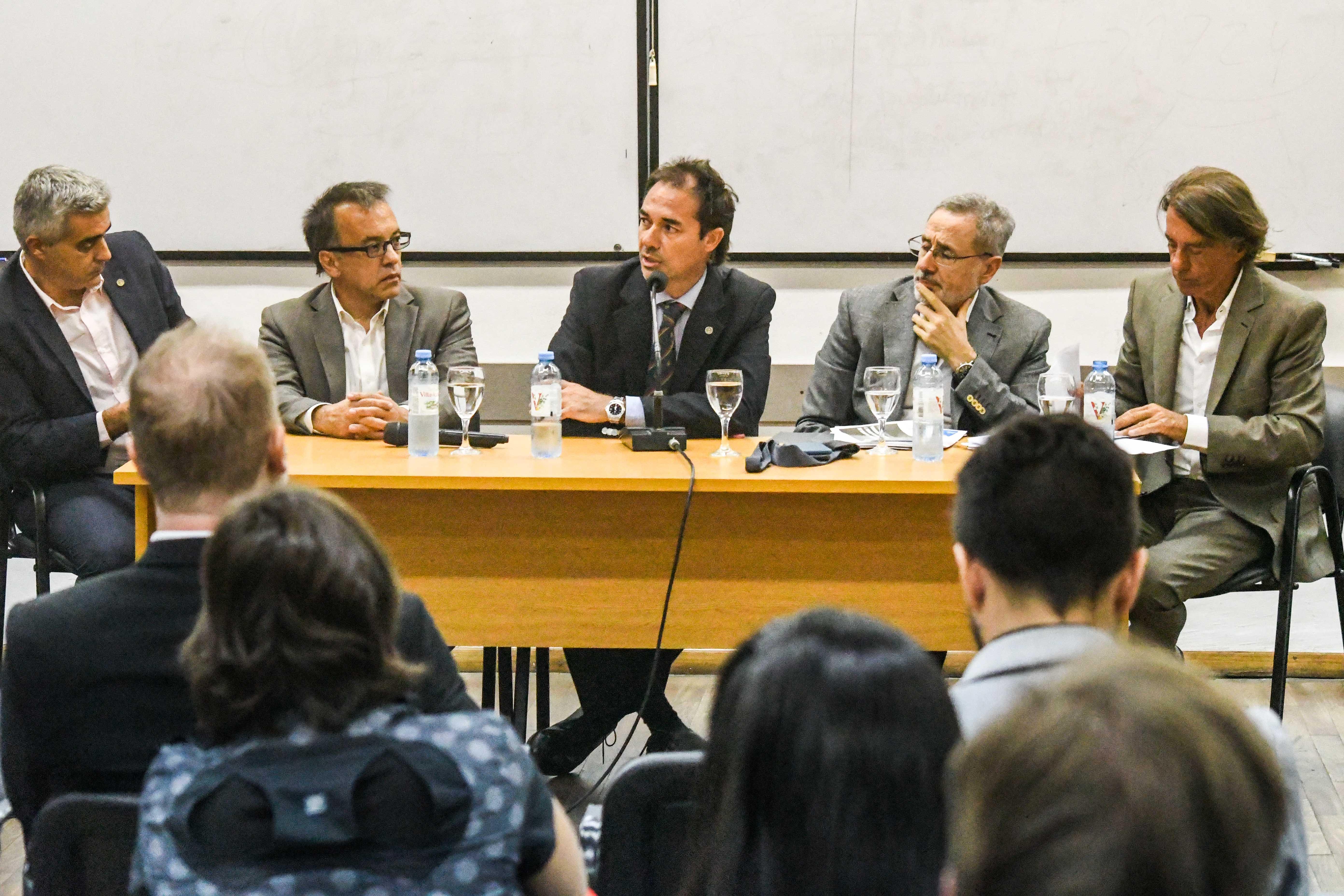 PRESENTACIÓN DE CÁTEDRA: POLÍTICAS DEMOCRÁTICAS DE SEGURIDAD CIUDADANA